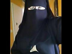 Arab, Upskirt, Voyeur